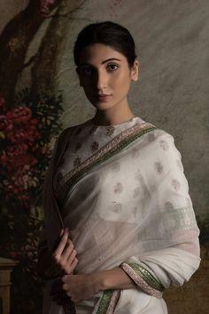 #sabyasachi #elegance #shopnow #ppus #happyshopping