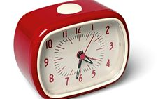 Retro alarm clock - red Rex Teen Children- A large selection of Design on Smallable, the Family Concept Store - More than 600 brands. Alarm Clock Design, Retro Alarm Clock, Alarm Clocks, Bedside Clock, Mad About The House, Mirrored Wallpaper, Shops, Bedroom Accessories, Retro Design