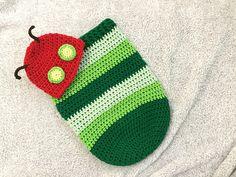 MelodyCrochet: Caterpillar Baby Cocoon Set - free crochet pattern and video. Crochet Baby Cocoon Pattern, Crochet Fox, Crochet Baby Booties, Baby Blanket Crochet, Crochet Animals, Crochet Designs, Crochet Patterns, Crochet Ideas, Knitting Patterns