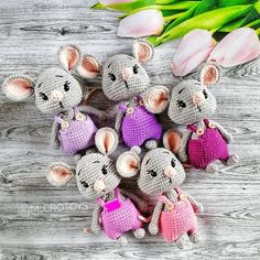 To create this sweet amigurumi mouse you need only basic skills and a little time. Crochet Bunny Pattern, Crochet Mouse, Crochet Amigurumi Free Patterns, Crochet Animal Patterns, Stuffed Animal Patterns, Cute Crochet, Crochet Animals, Crochet For Kids, Crochet Dolls