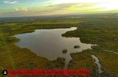 Laguna que imita al croquis de Colombia Bolivia, River, Outdoor, Salar De Uyuni, Countries, Colombia, Places, Sketch, Outdoors