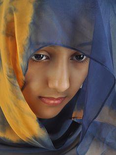Stylish Girl Pic, Cute Girl Photo, Girl Photo Poses, Beauty Full Girl, Beauty Women, Beautiful Iranian Women, Muslim Beauty, Islamic Girl, Bollywood Girls
