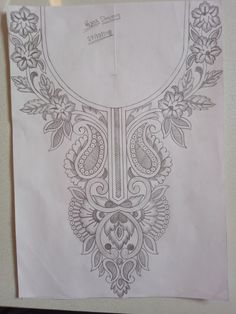 Hand Embroidery Design Patterns, Hand Embroidery Dress, Tambour Embroidery, Embroidery Fashion, Kamiz Design, Hand Work Design, Dress Design Sketches, Pencil Design, Carving Designs
