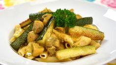 Pladijsfilet met paddenstoelen, courgette en een currysaus | VTM Koken