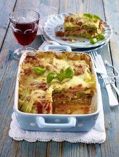 Das Rezept für Maultaschen-Lasagne mit Wirsingkohl und Kochschinken und weitere kostenlose Rezepte auf LECKER.de