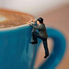Bom dia alegria! Para hoje fé amor esperança e café! Um mergulho na boa energia e bom fim de semana!  @OlhardeMahel #bomdia #goodmorning #cafédamanhã #haveaniceweekend #pintervalo #OlhardeMahel #coffeeinthemorning #café #coffee #specialcoffee #caféespecial #capuccino #instagram #pinterest #facebook #bomfimdesemana #despertando #wakeup #gooddays