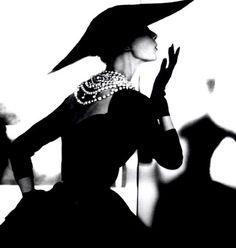 stunning black and white image. Vintage fashion.