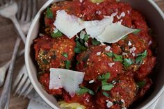 For all you vegatarians out there....this one looked pretty cool - Vegetarian spaghetti and quinoa meatballs