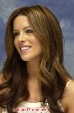 Kate Beckinsale Long Wavy Hairstyles 2012