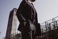 The Suit League in Dreiteilung nach Maß
