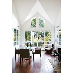 OK, so Mondayitis may have kicked in much earlier today, but we hope this image from our 'A Weekend With' story might evoke some relaxing memories of your recent Saturday or Sunday. It's from our feature on chef Alla Wolf-Tasker (@wolfinkitchen), who has worked incredibly hard to turn Daylesford in Victoria - and her iconic Lake House - into a destination. See more in our latest issue, as styled by Julia Green of @greenhouseinteriors and photographed by @Armelle Habib. For more on Lake…