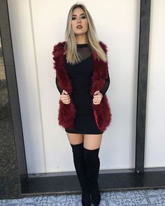 Chic And Comfy Winter Outfit Ideas You Must Copy For The Holiday Season; New Year Outfits; Christmas And New Year Outfits; Winter Fashion Outfits, Night Outfits, Holiday Outfits, Classy Outfits, Autumn Winter Fashion, Trendy Outfits, Fall Outfits, Cute Outfits, Dressy Winter Outfits