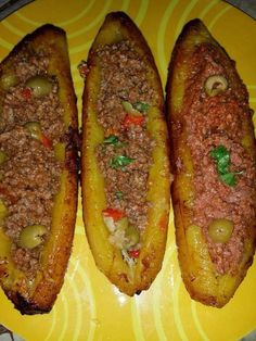Plantain canoes - baked plantain or green bananas with seasoned ground beef or turkey and olives. Puerto Rican Cuisine, Puerto Rican Recipes, Cuban Recipes, Beef Recipes, Cooking Recipes, Cuban Cuisine, Spanish Recipes, Recipies, Comida Boricua