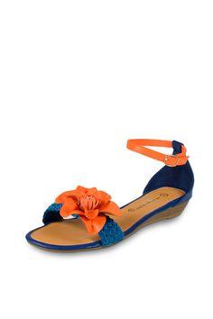 The Divine Factory Sandalias Azul y Naranja. antes 24€, ahora 9,50€ ¿quien puede resistirse? en divintycollection.es