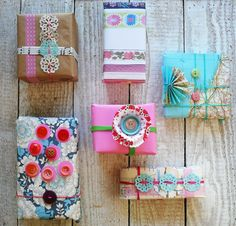 DIY Wrapping Peace Love Create