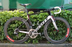 Tour de France Bikes Sylvain Chavanel's new Scott Foil aero race bike Bicycle Race, Bike Run, Road Cycling, Cycling Bikes, Mtb, Scott Foil, Bike With Training Wheels, Scott Bikes, Hardtail Mountain Bike