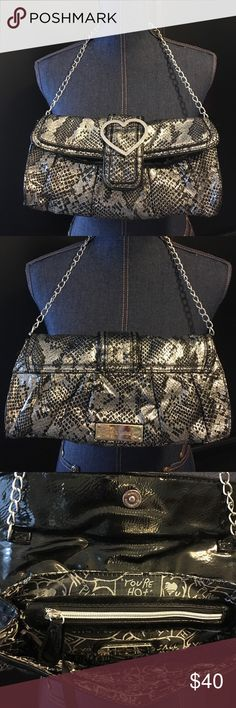 Betsey Johnson Shoulder Bag Betsey Johnson Patent Leather Snakeskin print Shoulder purse. Excellent condition. Used once. ❗️No Trades❗️Proceeds go towards feeding the homeless❗️ Betsey Johnson Bags Shoulder Bags