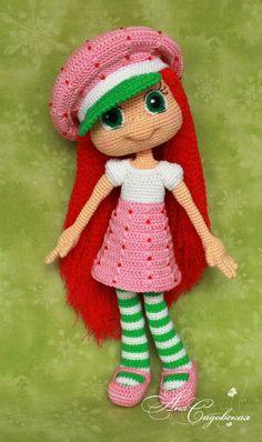 strawberry girl amigurumi  Anya Sadovskaya