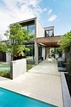 See how one small contemporary house can truly break monotony and boringness of traditional architecture and attract attention with its design. Architecture Design, Residential Architecture, Amazing Architecture, Contemporary Architecture, Contemporary Style, Contemporary Houses, Pavilion Architecture, Sustainable Architecture, Design Exterior