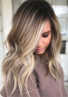 The Balayage highlights should be very close and soft at the root leading to a thicker highlight 2018 at the ends of the hairs for various hair lengths. See here the most charming and cute ideas of balayage hair colors to make you look more cute, sexy and Medium Hair Styles, Natural Hair Styles, Hair Styles Fall, Short Styles, Natural Updo, Colored Hair Styles, Light Colored Hair, Women Hair Styles, Hair Cut Styles