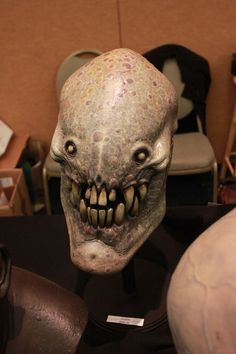 Scary Monster Art (51 pics) - Picture #48 - Izismile.com Humanoid Creatures, Alien Creatures, Creatures Of The Night, Fantasy Creatures, Aliens, Horror Monsters, Scary Monsters, Creature Feature, Creature Design