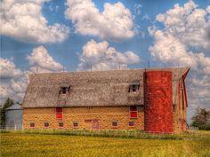 Bellvue Farm Barn in Dickinson county Kansas