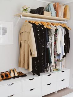 55 Trendy bedroom storage ideas for clothes diy small closets Small Bedroom Storage, Small Bedroom Designs, Closet Designs, Bedroom Storage Ideas For Clothes, Design Bedroom, Bathroom Storage, Coat Storage Small Space, Clothes Storage Ideas Without A Closet, Simple Bedroom Small