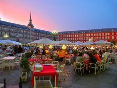 City Break in Madrid! Doar 25 Lei pentru a beneficia de pretul redus de 185 Euro pentru 2 nopti de cazare la Hotel Sercotel Togumar 3* + transport avion si taxe incluse! - Dream Deals