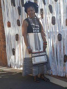 Umbhaco Xhosa  UmXhosa  Traditional attire Xhosa Attire, African Attire, African Dress, African Clothes, African Traditional Dresses, African Men Fashion, African Beads, African Culture, Designer Dresses
