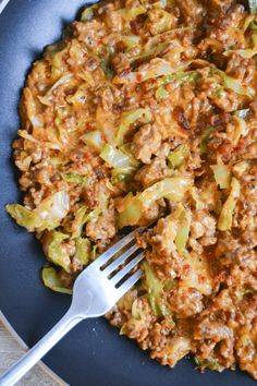This Keto Cheeseburger Helper is a nostalgic meal with more nutrients and fewer .This Keto Cheeseburger Helper is a nostalgic meal with more nutrients and fewer carbs than the classic favorite. My family gobbled it up as quickly as I made it! Ketogenic Diet Meal Plan, Ketogenic Diet For Beginners, Keto Meal Plan, Diet Meal Plans, Ketogenic Recipes, Meal Prep, Diet Menu, Atkins Diet, Atkins Meals