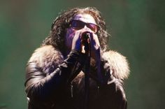 The Cult Electrifies 'World's Largest Honky Tonk'