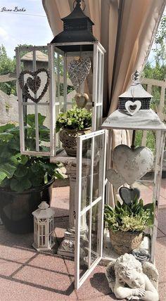 Decoration Shabby, Decoration Entree, Rustic Decor, Farmhouse Decor, Garden Crafts, Garden Projects, Patio Oasis Ideas, Outdoor Garden Statues, Small Space Gardening