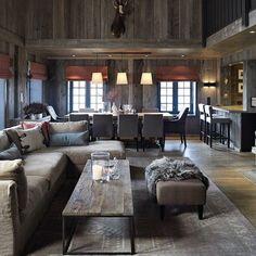 Bilderesultat for chalet interior design Cabin Homes, Log Homes, Chalet Design, House Design, Chalet Style, Chalet Chic, Home Living, Living Room Decor, Chalet Interior