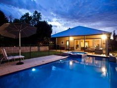 love this pool fencing