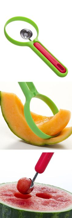 Two-In-One melon slicer / scooper