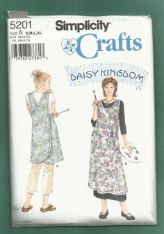 Simplicity 5201 Daisy Kingdom  Artist Smock by ThimbledFingerTips, $5.00 Works great for Art Nouveau through Art Deco