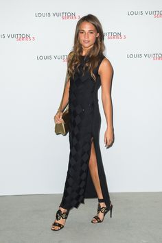 Pin for Later: Alicia Vikander May Be an Actress, But She Looks Like a Freaking Supermodel in These Looks At the VIP Launch for the Louis Vuitton Series exhibition in London during Fashion Week, Alicia dazzled in a black dress with a daringly high slit. Alicia Vikander Style, Alicia Vikander Hair, Gq, The Danish Girl, Ex Machina, Cool Style, My Style, Jennifer Morrison, Elsa Pataky