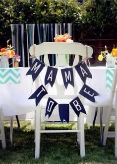 Mama's special seat for the baby shower [ BobaluBerries.com ] #baby #gourmet #berries
