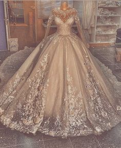 Fancy Wedding Dresses, Pretty Quinceanera Dresses, Pretty Prom Dresses, Gorgeous Wedding Dress, Princess Wedding Dresses, Bridal Dresses, Boho Wedding, Quince Dresses, Ball Dresses