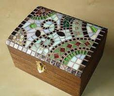 New jewerly box design pattern 43 ideas Mirror Mosaic, Mosaic Art, Mosaic Glass, Mosaic Tiles, Glass Art, Stained Glass, Glass Jewelry Box, Jewellery Boxes, Silver Jewelry