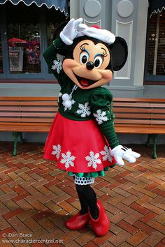 Outfits · Mini Mouse · Minnie Holiday Time & Disneyland at Christmas Time // Minnie Mouse all decked out for ...