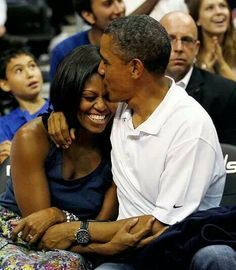 First Lady Michelle Obama and President Barack Obama. Beautiful  Love ♡♥♡♥