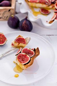 Tarta z figami i syropem klonowym
