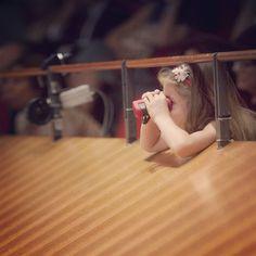 Young  audience at Santa Cecilia  #accademiadisantacecilia #roma #rome #orchestra #chorus #classicalmusic #sinfonia #symphony #santacecilia #auditoriumparcodellamusica #salasantacecilia #choral #music #classica #musicaclassica #auditorium #italy #italia #igersitalia #parcodellamusica #twitter #instamusic  Riccardo Musacchio & Flavio Ianniello - www.santacecilia.it