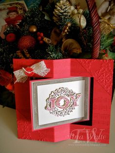 Time to Ink Up: 12 Weeks of Christmas #9 - Welcome Christmas Swing Card