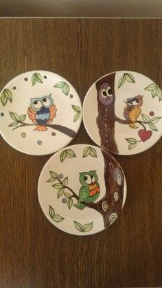 Painted Ceramic Plates, Ceramic Birds, Hand Painted Ceramics, Ceramic Painting, Porcelain Ceramics, Ceramic Art, Glass Painting Designs, Pottery Painting Designs, Paint Designs