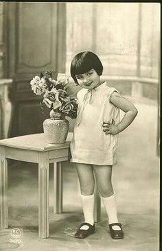 Many girls had this hairstyle in the 1920s