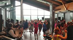 Momentos únicos en un llagar del Siglo XXI  #trabancosariego #tuboda #bodasasturias #eventos #wedding #bodasasturias #fiestas #presentaciones #bodega #amedida #espaciosingular #bodasdelnorte #llagar #espichas