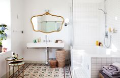 modern vintage / white bathroom