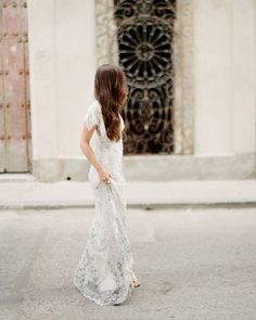 This @clairepettibone dress and those textured streets of Havana Cuba are a pretty amazing duo. #contax645 #fujifilm #fuji400h #fujipro400h #welovefilm #havana #threedudesworkshoplahabana #threedudesworkshop #cuba #australianfilmphotographer #sydneyfilmphotographer #sydneylife #sydneylocal by markandrewstudios